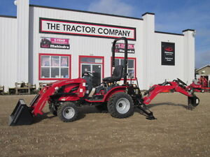 2015 Used Demo 25HP Mahindra eMax with loader and Backhoe