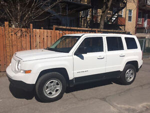 2012 Jeep Patriot 4x4 - encore sous garantie - 49000km