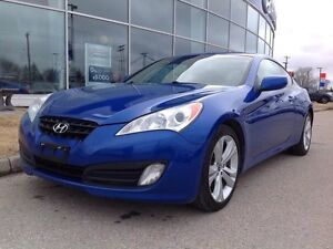 2010 Hyundai Genesis Coupe 2.0T Premium 6sp Leather Roof heated