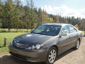 2005 Toyota Camry XLE with low mileage Edmonton Edmonton Area image 1