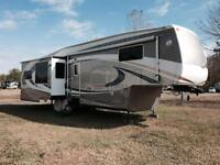 2006 Cedar Creek 37' Daydreamer 5th Wheel Trailer