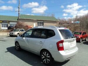 $125 BI WEEKLY OAC! 2011 Kia Rondo EX ! 7 PASSENGER ! LEATHER