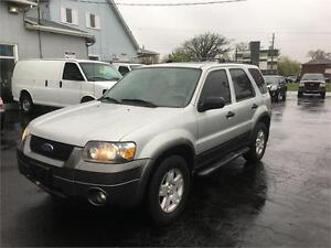 2006 Ford Escape XLT LEATHER SEATS sunroof 4WD