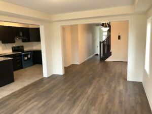 Brand new 4bdr townhouse available for rent - Kitchener/waterloo
