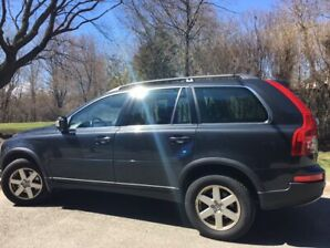 NEW LISTING BY ORIGINAL OWNER - 2010 Volvo XC90 - ACCIDENT FREE