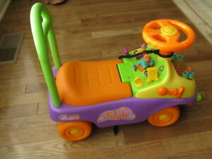 Pooh Bear ride and walk + Lawnmower + 2 Bouncers + Play radio