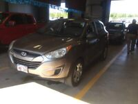 2010 Hyundai Tucson AWD affordable!! GL