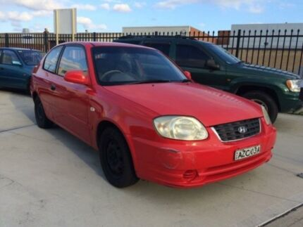 2004 Hyundai Accent LS 1.6 Red 4 Speed Automatic Hatchback