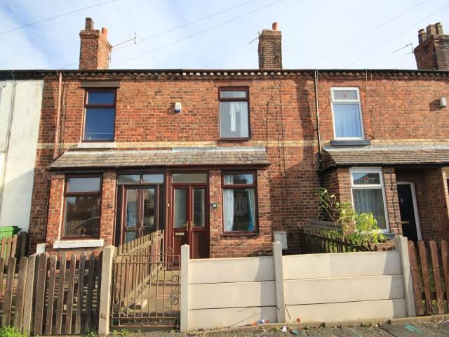 2 bedroom house in Longshaw Street, Bewsey, Warrington