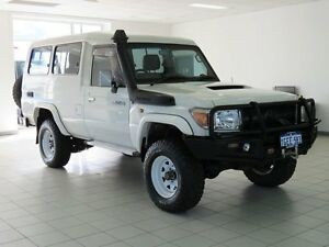2013 Toyota Landcruiser VDJ78R MY12 Update GXL (4x4) White 5 Speed Manual TroopCarrier Morley Bayswater Area Preview