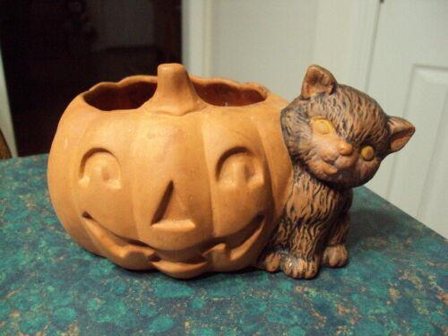 Vintage Terracotta Pumpkin & Cat Planter