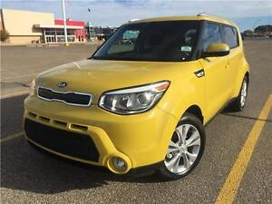 2016 Kia Soul EX+ (ONLY 8,000kms!!)