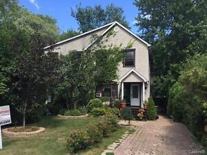 Quaint duplex in Dorval for sale West Island Greater Montréal image 1