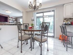 DINING TABLE & 4 CHAIRS & 2 BAR STOOLS