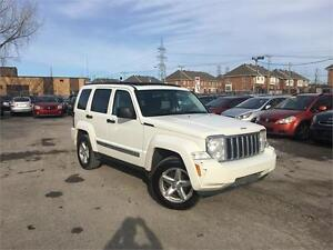 JEEP LIBERTY LIMITED 2008 AUTO/AWD/AC/DÉMARREUR/TOIT PANORAMIQUE