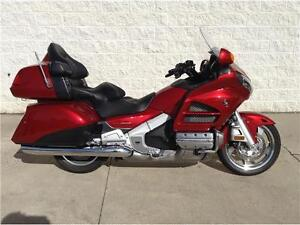 2016 HONDA GOLD WING - USED DEMO - SAVE $1,860!