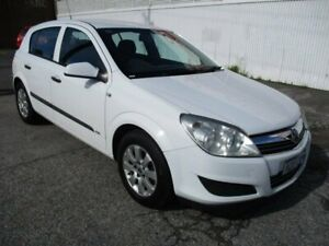 2008 Holden Astra White Manual Hatchback West Perth Perth City Area Preview