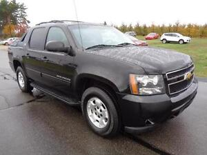 2012 Chevrolet Avalanche Pickup Truck CLEAN