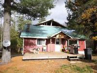 Maison, terrain 35 639 pi2 à vendre. 1h de Mtl. Centris 17038786