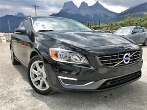 2015 Volvo V60 T5 AWD | CLEAN CARPROOF | BLIS | LOW KMS
