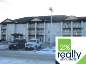 3 Bedroom Top Floor Corner Unit-Listed By 2% Realty
