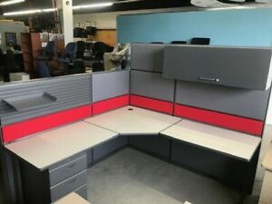 Cubicles, Refreshed Teknion workstations call for detailsPlease