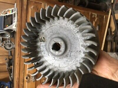 Vintage Briggs Stratton 6s And Others Flywheel Antique Gas Engine