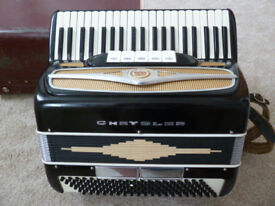 Accordion in lovely working condition. Excellent tone with 120 bass keys