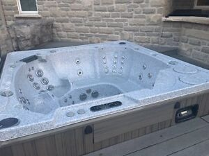 AVAILABLE -- Hot Tub Hydropool Serenity 8 persons Kitchener / Waterloo Kitchener Area image 3