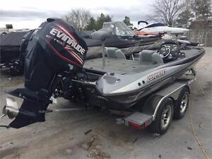 2003 STRATOS 201 ONE OWNER BOAT!