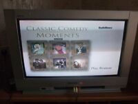 Panasonic Quintrix 27inch; tv with remote (delivery possible)
