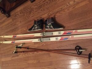 Cross Country ski set men's sz 6