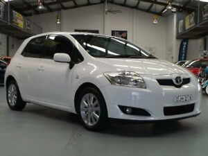 2009 Toyota Corolla ZRE152R MY09 Conquest Glacier White 6 Speed Manual Hatchback Seven Hills Blacktown Area Preview