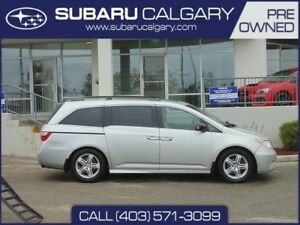 2012 Honda Odyssey Touring| SUNROOF| BLUETOOTH| KEY-LESS ENTRY|