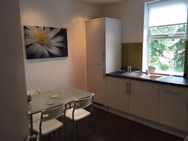 L13 - One room available now in this luxury all inclusive 3 bed shared flat.