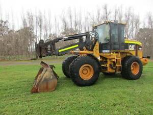 LOADER CAT IT28G QUICK HITCH BUCKET AND FORKS Pickering Brook Kalamunda Area Preview