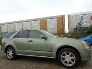 2005 Cadillac SRX LEATHER-SUNROOF-DVD-HDTV-7 SEATS--ONLY 169K