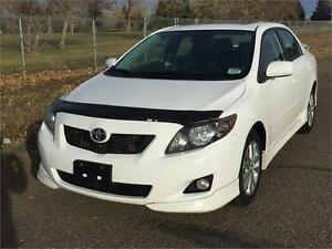 2010 Toyota Corolla S **LEATHER-SUNROOF**