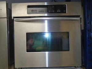 KITCHENAID BUILT-IN OVEN / FOUR ENCASTRE KITCHENAID