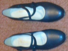 NAVY BLUE LADIES SHOES