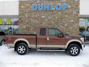 2011 FORD F250 4X4 LOW KM'S 6.2L LEATHER LARIAT EXCELLENT SHAPE!