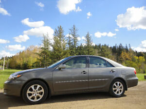 2005 Toyota Camry XLE with low mileage Edmonton Edmonton Area image 3