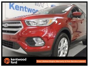 2017 Ford Escape SE. Ecoboost. 4WD. heated seats. comfortable. s