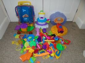 Huge Play doh bundle-can post
