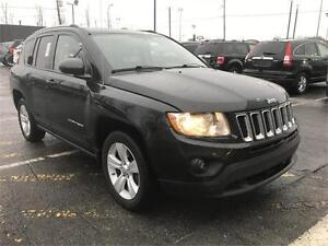 2011 Jeep Compass- FULL - 5 VITESSES - MAGS - NORTH