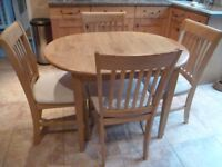 Extending Dining Table & 4 Chairs in VGC