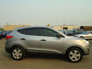 2012 Hyundai Tucson SPORT PKG-ONE OWNER--CLEAN CARPROOF