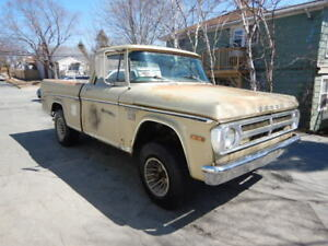 RARE 1970 Dodge Power wagon Short Box 4x4