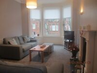 **LET AGREED**One bedroom furnished flat, Shawlands £600pcm