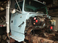 Ford L8000 Dressed cab, truck parts